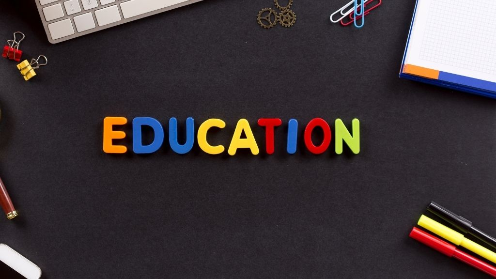 Benefits and Drawbacks of Learning Educational Games