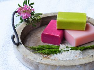6 Benefits of Homemade Soap
